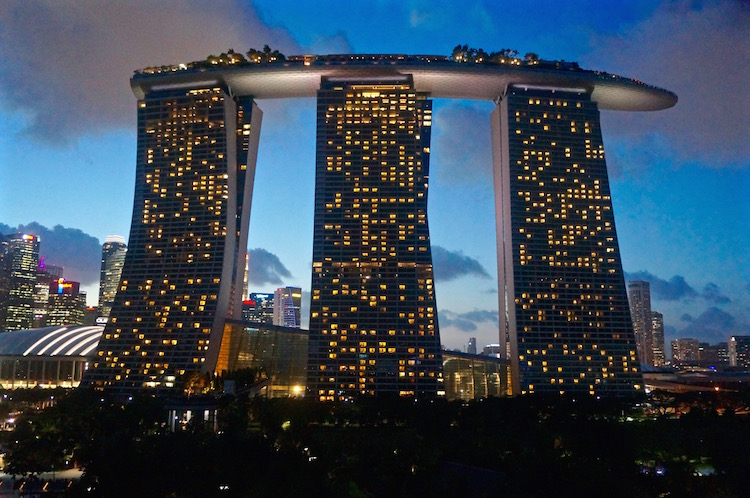 How good is marina bay sands civilqa - Singapore marina bay sands infinity pool ...